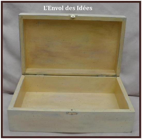 Boîte Jolis Lilas Intérieur