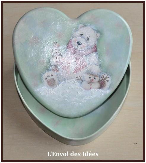Ours dans la Neige Intérieur boîte